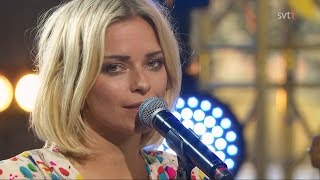 """Petra Marklund -  Händerna Mot Himlen (Live """"Moraeus Med Mera"""")"""
