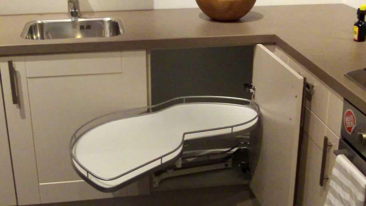 Keuken Carrousel Ikea : Le Mans systeem voor een keuken hoekkast – YouTube