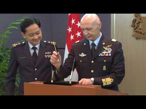 Chief of Staff of Italian Air Force calls on Defence Minister Ng Eng Hen