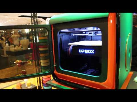 A4 et Tiertime présentent l'UP BOX au 3D Printshow Paris ...
