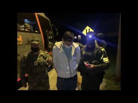 Un hombre que llevaba 29 kilos de marihuana en bus intermunicipal fue capturado en Cajamarca