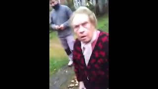 An angry/crazy french grand-mother [Subtitles] ! Une vieille dame énervée [Exclu]