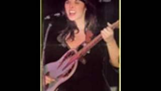 Ann & Nancy Wilson - Autumn To May