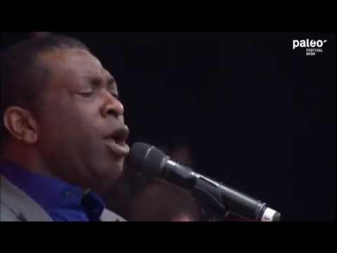 Youssou N'dour et le Super Etoile de Dakar En Concert - 2014