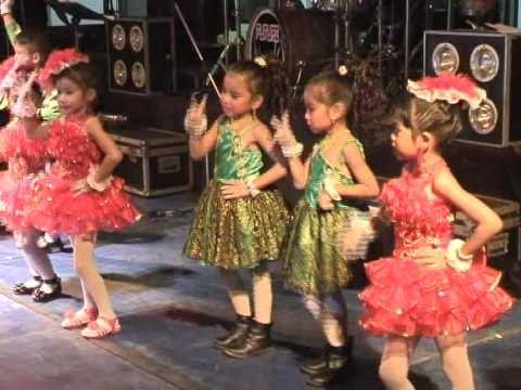 Dance 2554