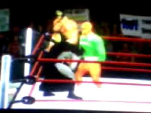 WII WWE 12 - MR.MOTO,LA MASA Y DINK-C VS SUPERMAN,BATMAN Y AQUAMAN Videos De Viajes