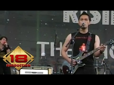 andra-and-the-backbone-sempurna-live-konser-kotabumi-20-maret-2008