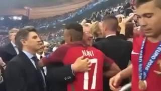 Сэр Алекс Фергюсон поздравил Криштиану Роналду и Нани с победой на ЕВРО 2016