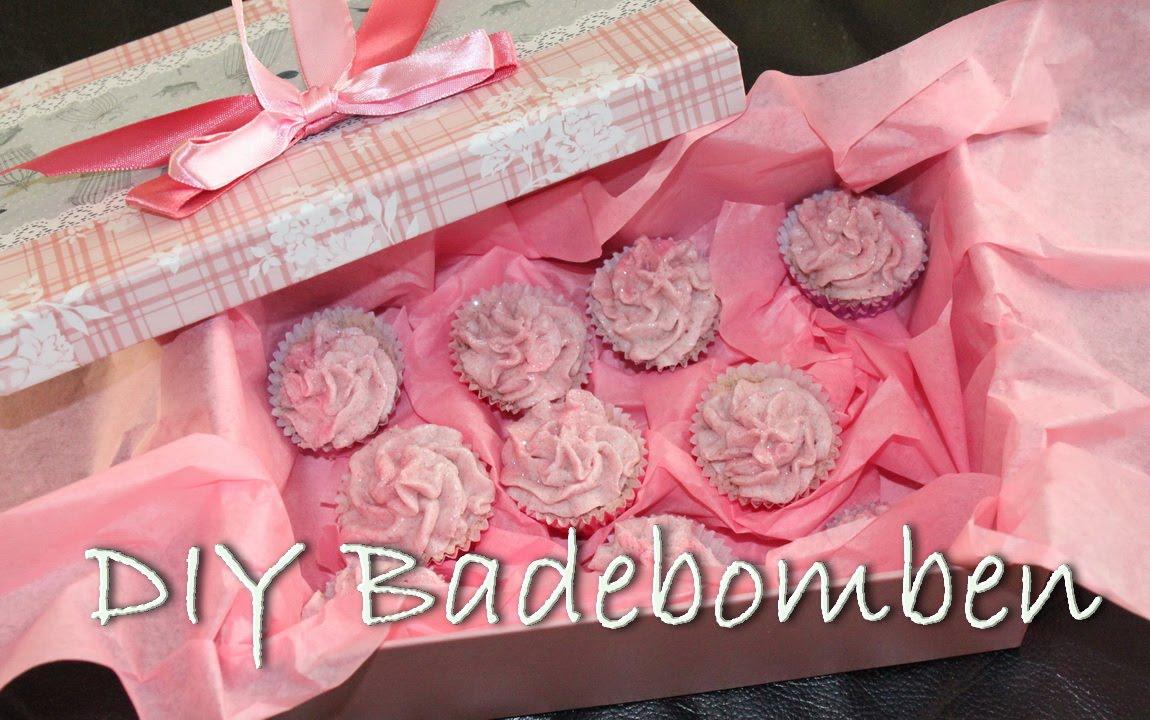 Cupcake badebomben badekugeln selber herstellen diy for Geschenk zum 25 geburtstag selber machen