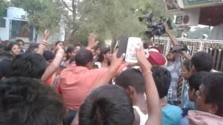 Bhojpuri hot dance  pavan sing song mere raske qamar
