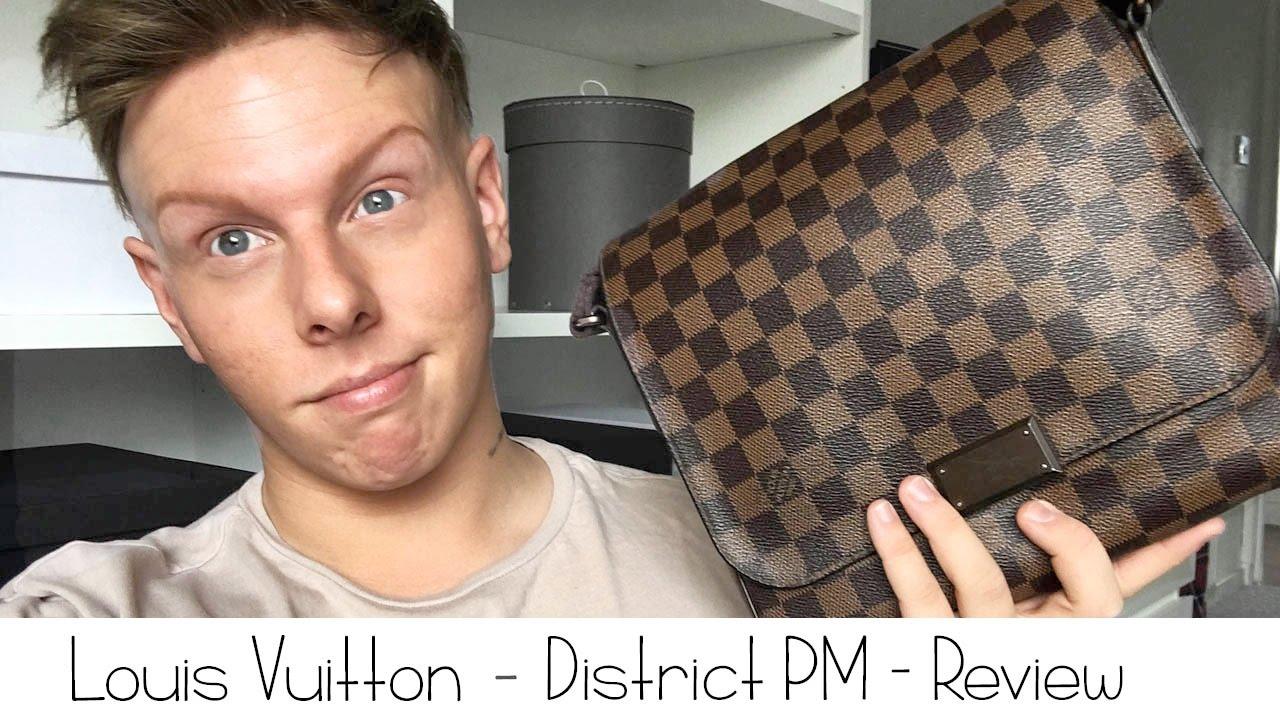 8a202ff53e1d Louis Vuitton - District PM