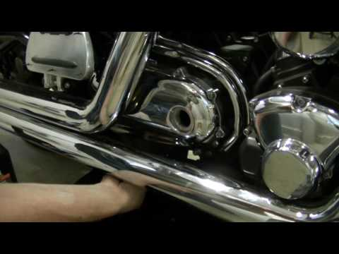 Check Oil On  Yamaha Roadstar
