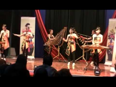 Hanoi College of Art - Performance 1