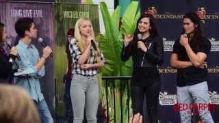 Full Event: Downtown Disney #DescendantsFanEvent #Descendants Dove, Cameron, Sofia, Booboo