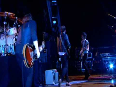 Kings Of Leon - Glastonbury 2008 - 08 - Slow Night, So Long mp3