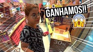 GANHAMOS COISAS GRÁTIS NO SHOPPING! + UM DIA COM A GENTE ❤