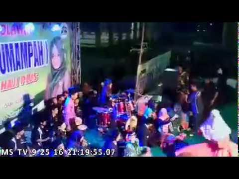 QOMARUN Gus Ali Gondrong MafiaSholawat Dahsyat STADION WILIS 25-sep-2016