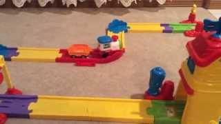 Video for Children. Toy Train and Railway. Видео для детей. Детский паровозик и железная дорога.(Home video for children. Toy Train and Railway. Любительское видео для детей. Детский паровозик и железная дорога., 2015-02-12T15:08:04.000Z)