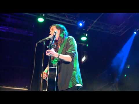 Alice B - I den här staden (live at F! Stödfest)