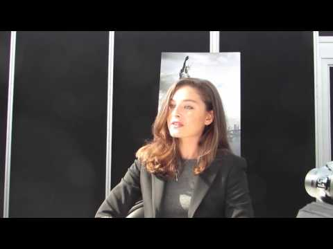 NYCC 2015 Man In The High Castle: Alexa Davalos Fascinated And Focused.