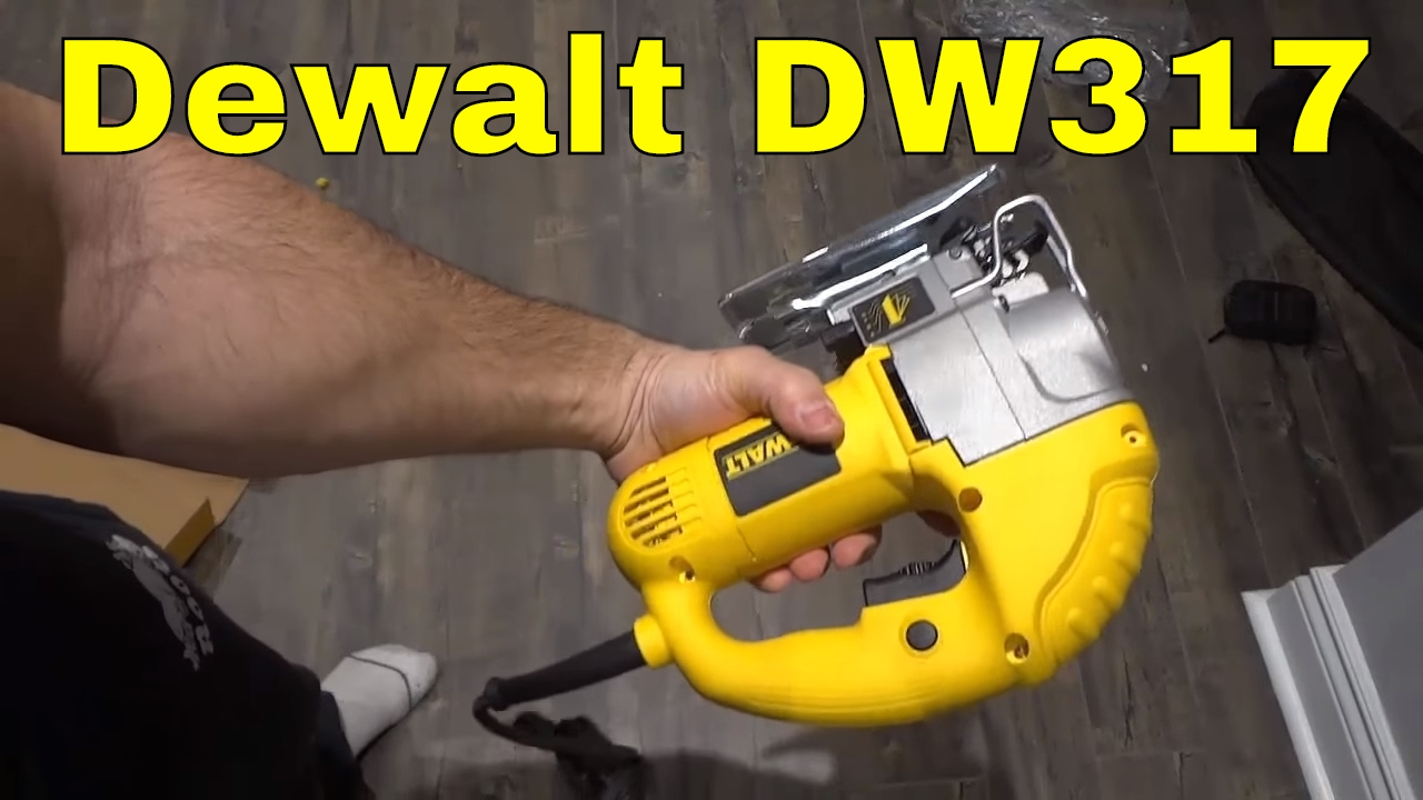Dewalt heavy duty compact jigsaw unboxing dw317 youtube dewalt heavy duty compact jigsaw unboxing dw317 greentooth Choice Image