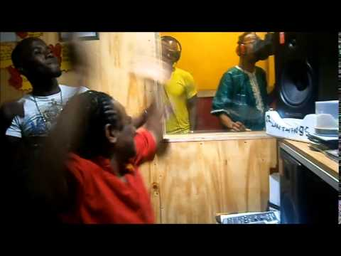 Cutty ranks & Frankie paul voicing  Si u Nuh More -God We praise Dub  for Run Things Intl