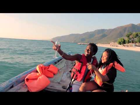 Air ComPas ' Mwen renmenw Official Video