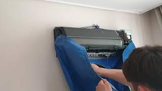 양산아파트에어컨분해청소 - 고압세척기로 세제세척중