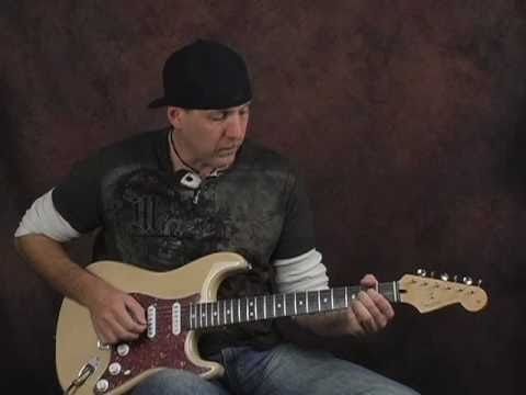 Guitar Demo Fender Deluxe Power Stratocaster Piezo Electric & Acoustic Tones