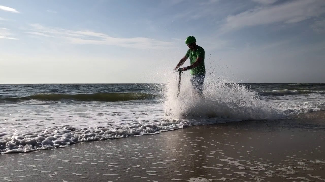 Scuddy Surfing - no wind, no problems