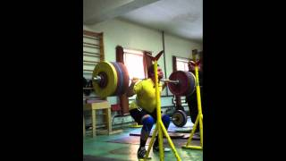 Norik Vardanian 250kg (550lbs) Back squat for 3 reps
