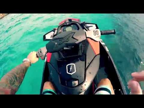Jet ski, wakeboard, cliff diving... // Paradisers // MENORCA, SUMMER 2015 HD