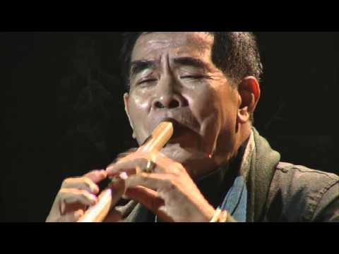 เดือนเพ็ญ Jazz ~ อ.ธนิสร์ ศรีกลิ่นดี | A Tribute to King of Jazz