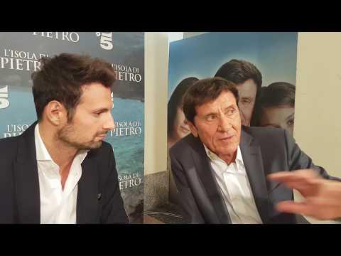 Gianni Morandi racconta l'Isola di Pietro a DavideMaggio.it
