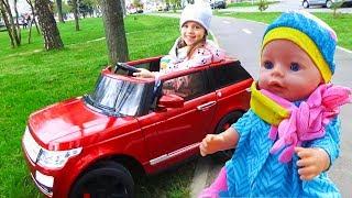 Кукла БЕБИ БОН и Настя катаются на МАШИНЕ Новая ОДЕЖДА для Baby Born Кормим одеваем Куклы пупсики
