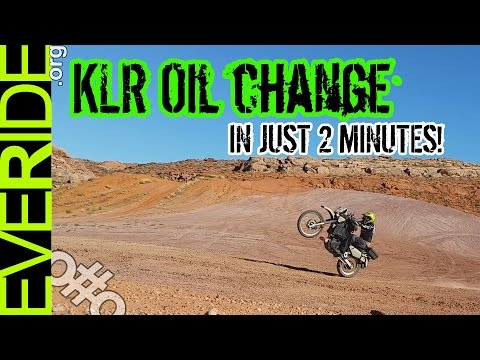 Kawasaki KLR 650 Oil Change - All Details in 2 Minutes o#o