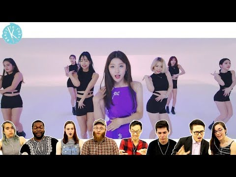 Classical Musicians React: LOONAChoerry Love Cherry Motion