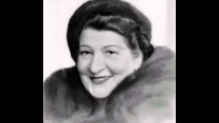 "Gladys Moncrieff, soprano ""L"