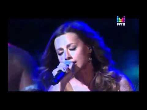 Песня Даже если ты уйдешь ( Премия Муз-Тв 2012 ) - Юлия Савичева скачать mp3 и слушать онлайн