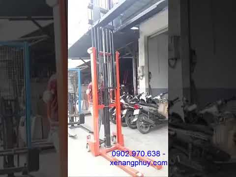 Cách vận hành xe nâng tay cao -vận hành xe nâng tay cao 1 tấn -3m