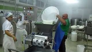 Производство моцареллы в Италии. Часть2/3