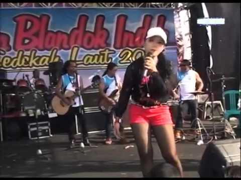 Ratna Antika ~ NGELALI Monata Live Kragan Rembang
