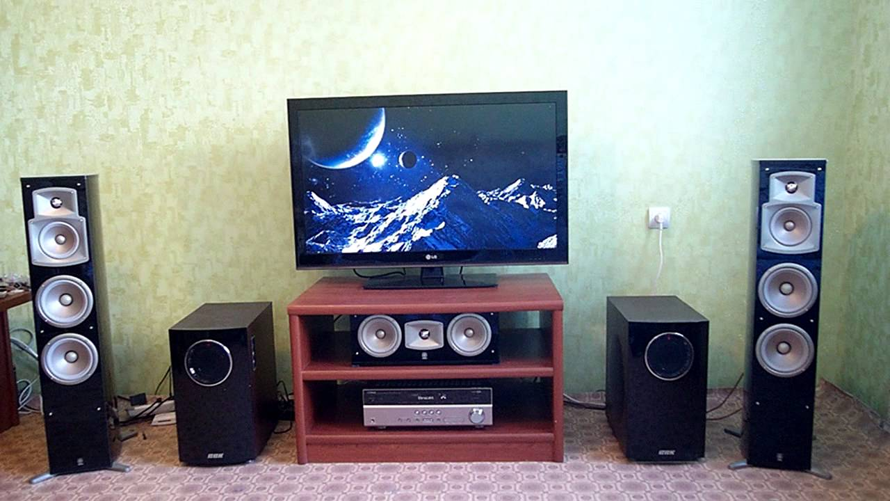 yamaha ns 555 feat subwoofers with hardstyle youtube. Black Bedroom Furniture Sets. Home Design Ideas