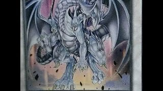 Blue Eyes Silver Dragon