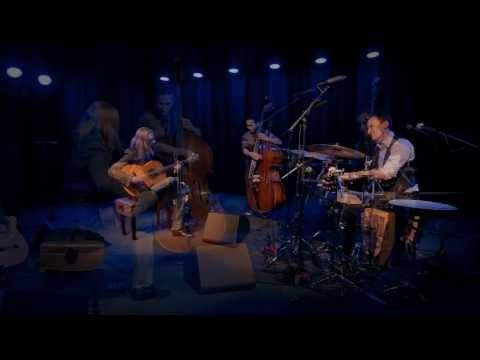 Juanito Pascual New Flamenco Trio - While My Guitar Gently Weeps