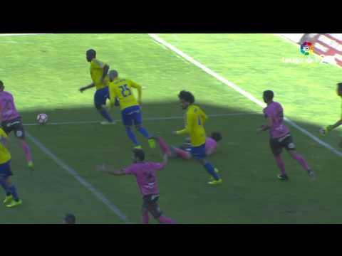 Resumen de Cádiz CF vs CD Tenerife (0-1)