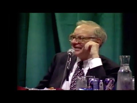 Warren Buffett: Should you wait for a market crash to buy stocks?