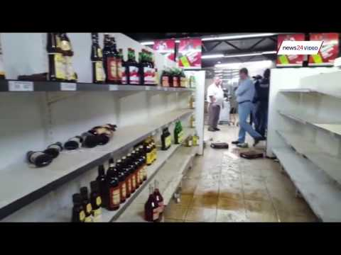WATCH: Soshanguve bottle store ransacked by looters