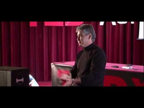 TEDxAUI - Slim Kabbaj parle du Leadership