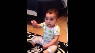 Танец малыша под Gangnam Style бьет рекорды по просмотрам    видео, смотреть видеоролик муз  выступления бесплатно(, 2013-01-24T15:33:56.000Z)